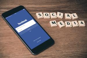 come fare soldi con i social media